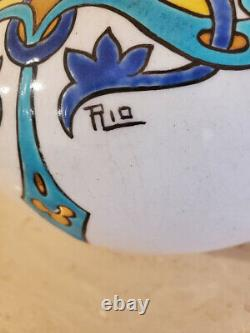 Art nouveau Spanish vase signed RIO Vibrant