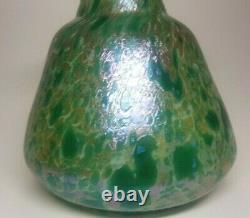Elegant Art Nouveau Austrian Lotz Kralik Vase Green Iridescent Color 1900