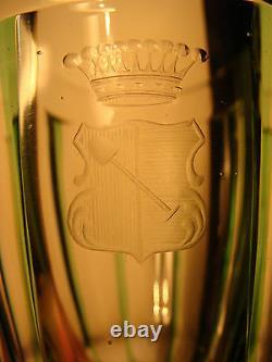 Very fine Art Nouveau austrian Glass Cut armor, Geschnittener Wappen c. 1910